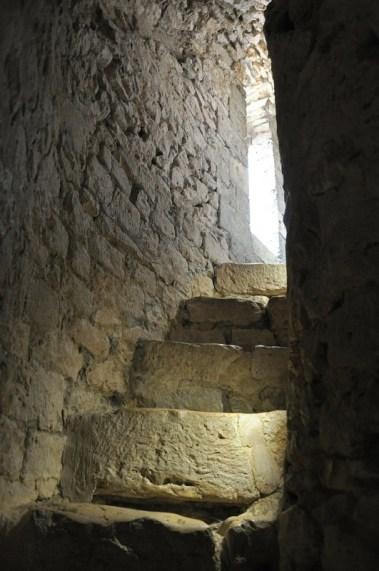 La Marinière en Voyage - escalier de la tour César à Provins