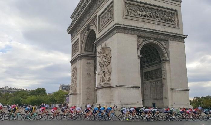 La Marinière en Voyage - le Tour de France à Paris