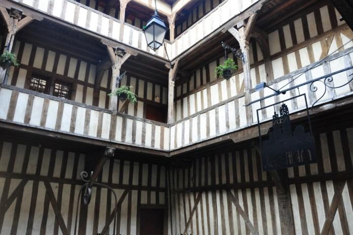 Troyes - maisons à pans de bois