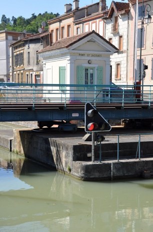 Tarn-et-Garonne - le pont saint-jacques à Moissac