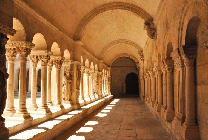 Cloître Saint Trophisme à Arles - Blog La Marinière en Voyage