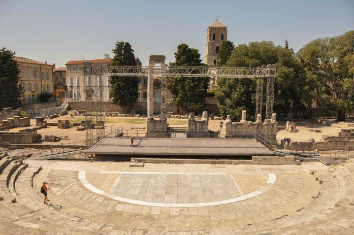 Théâtre antique d'Arles - Blog La Marinière en Voyage
