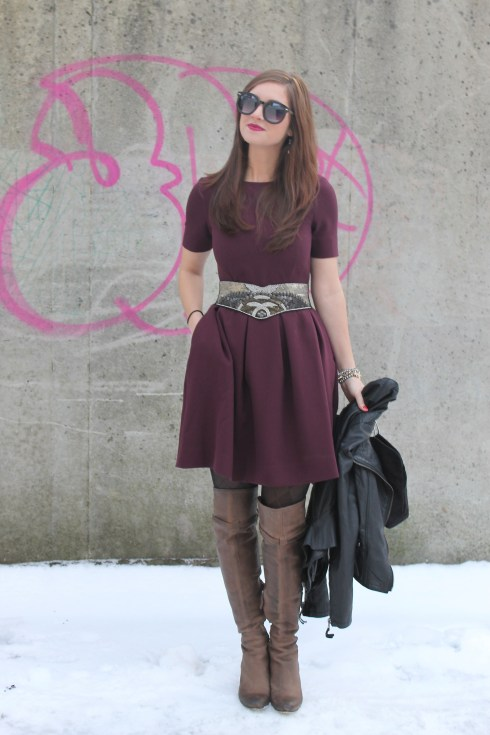 La Mariposa: Burgundy Full Dress