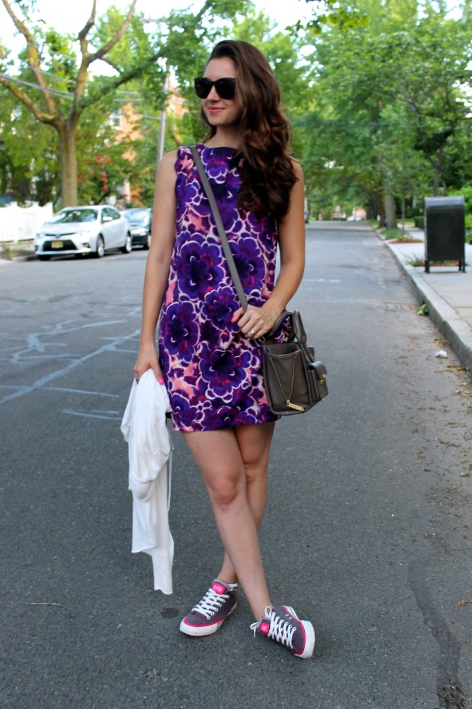 Casual Days: Boohoo Floral Dress, Express Cream Cardi and Converse Sneakers