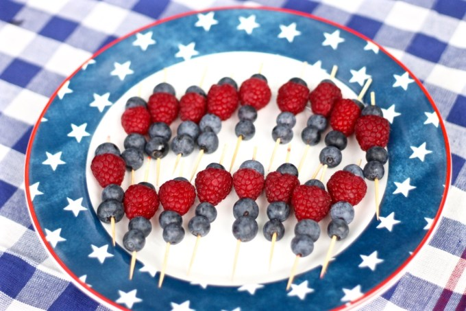 How To Host a 4th of July Picnic