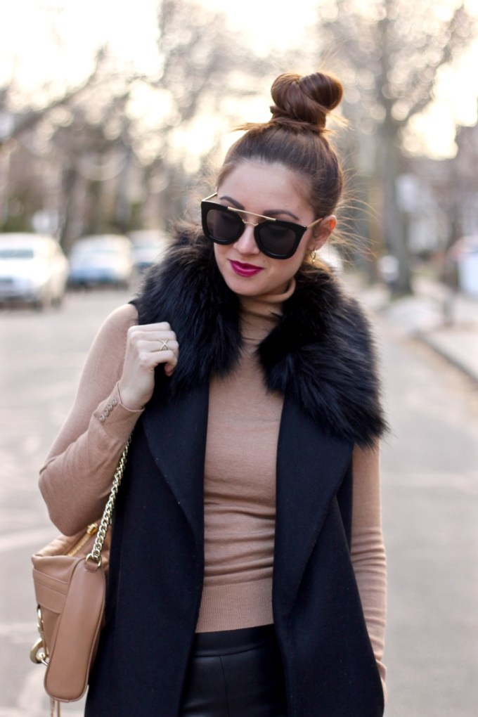 Long Black Vest with detachable faux fur collar, winter outfit idea
