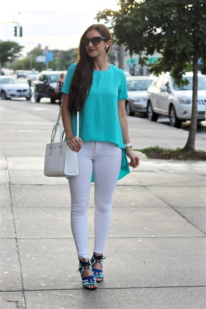 La Mariposa, Teal Hi-Low Top, Summer Night Outfit, Blue Strappy Heels, Styling White Denim
