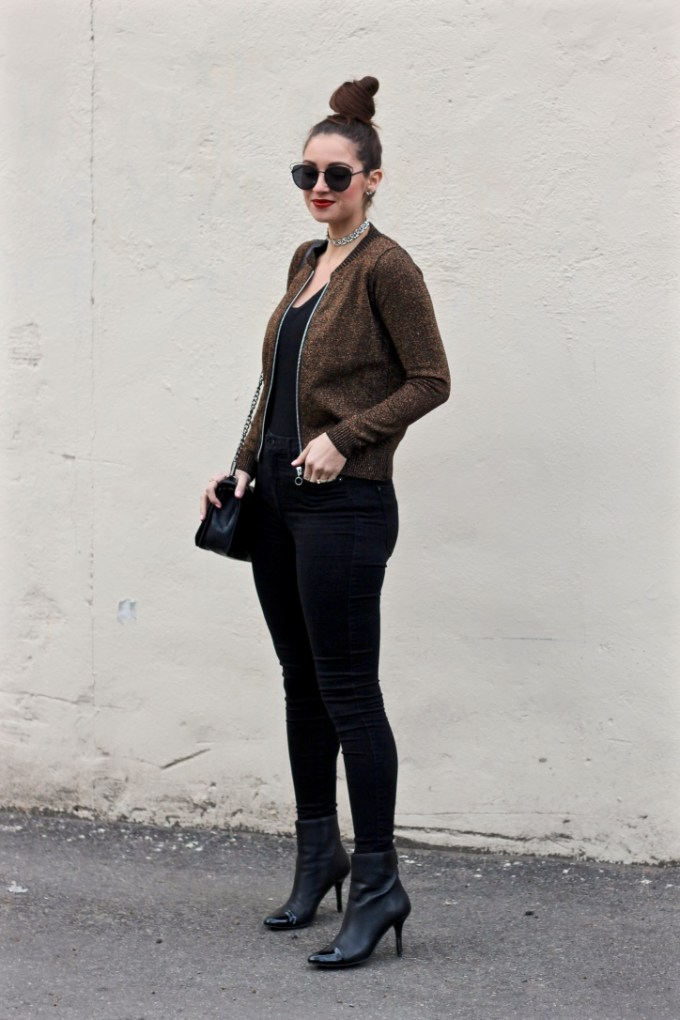 Metallic Coper Bomber, Top Knot