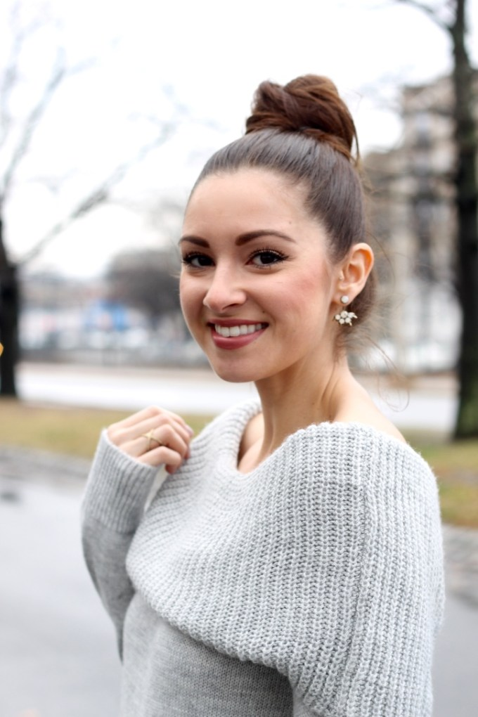 Grey Knit Off-the-shoulder sweater