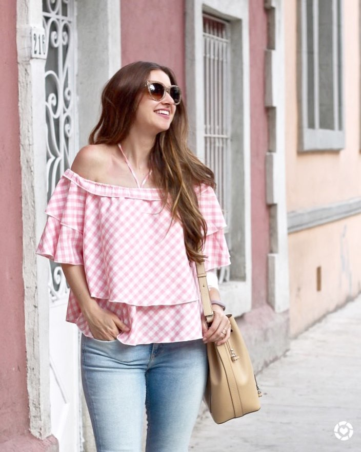 Couldnt love this top any more! Pink  gingham hellip