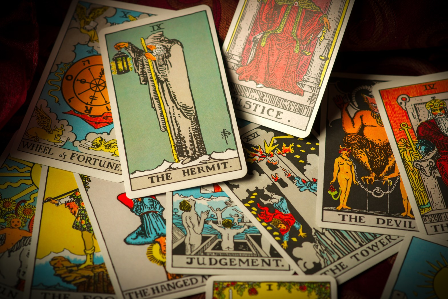 tarot, tarot cards, how tarot works, how do tarot cards work, how does tarot work, how to tarot