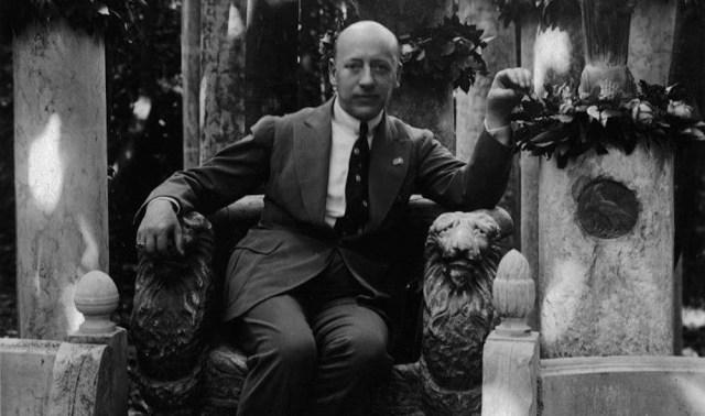 El arte literario en 1892, Gabriele D'Annunzio