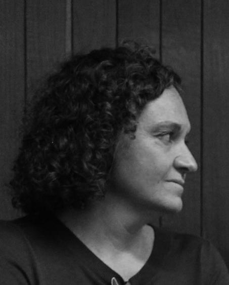 Abrojos y Rimas: Irene Artigas Albarelli