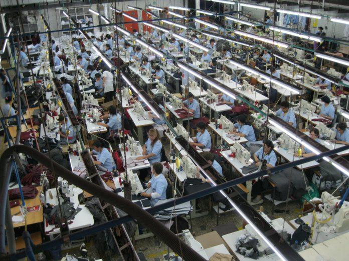 Fábrica de textiles (Cidma Ltda) en la Zona Industrial de Bogotá.