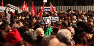 Manifestación del 19 de Febrero de 2012 en Madrid contra los recortes laborales impuestos por el Estado Español. Preparación para la huelga general del 29M. Francesco Michele.