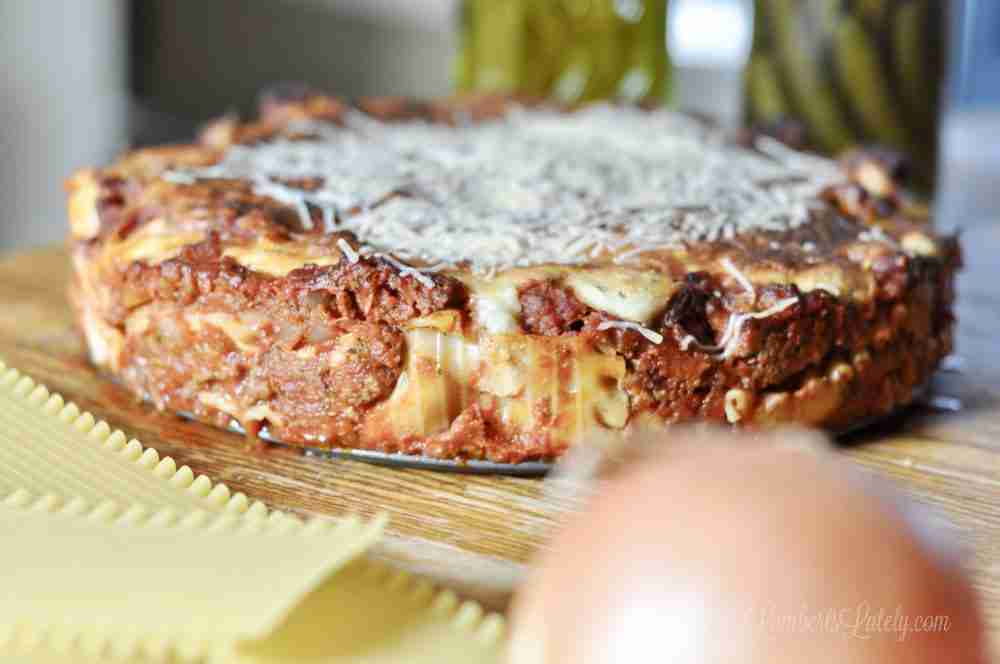 This easy recipe for lasagna is made with cottage cheese for a rich, creamy filling. Also has beef and sausage.