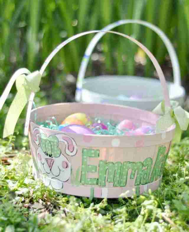 This huge list of Easter basket ideas for kids includes unique and practical ideas for both boys and girls. Get cheap / inexpensive options that are perfect for preschoolers to tweens!