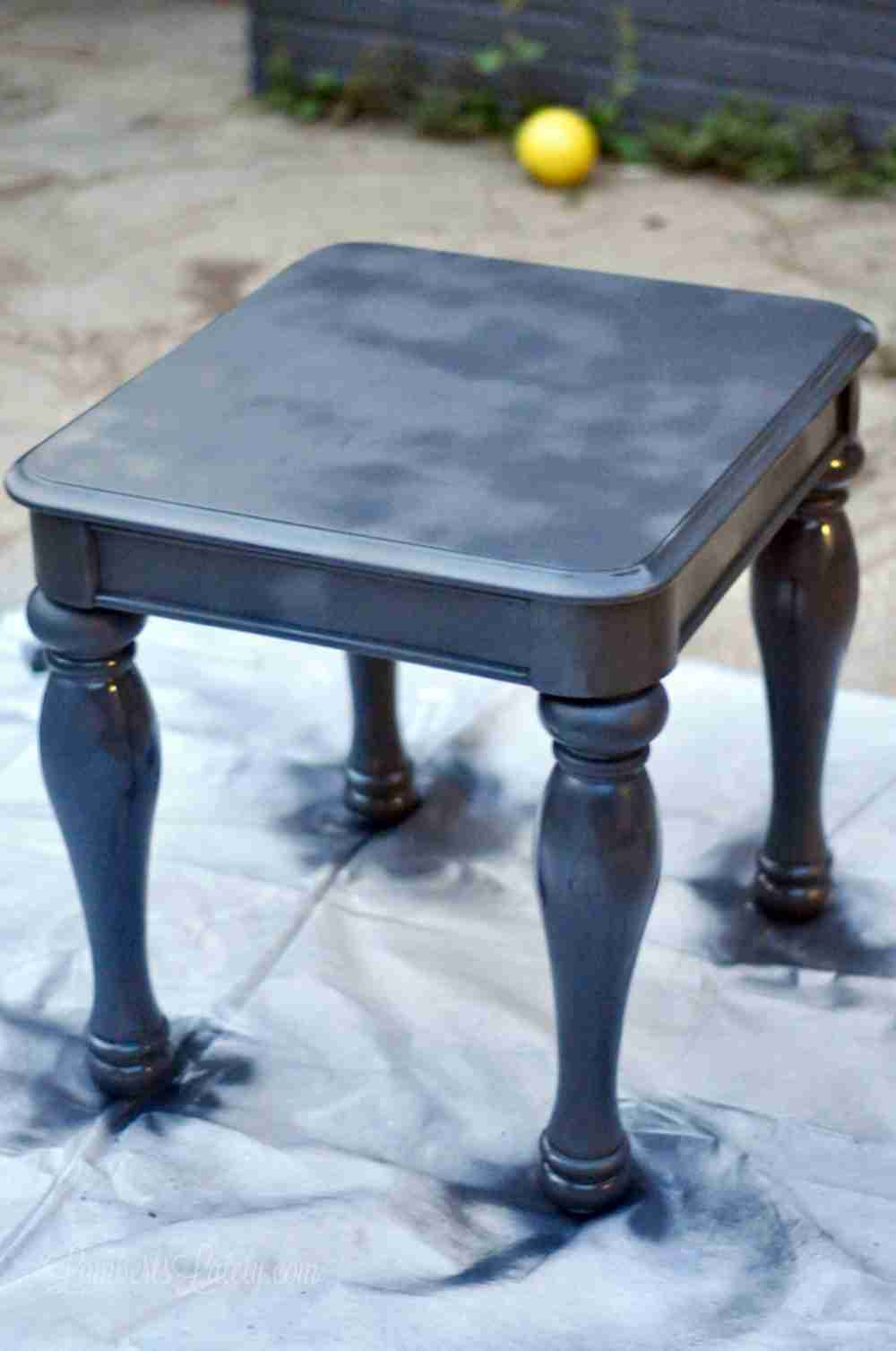 The Easy Way to Chalk Paint Laminate Furniture (using only spray ...