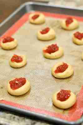 peanut_butter_jelly_thumbprint_cookies006