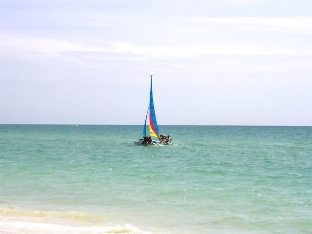 Sailing in Pelican Bay