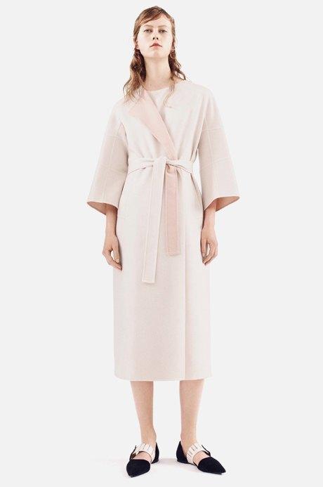 Летние пальто-халаты: Домашняя одежда  на улицах города. Изображение № 3.