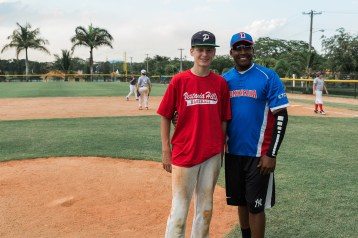 20170329Dominican Republic Day 4 - Pasitos de Jesus and Baseball-0015