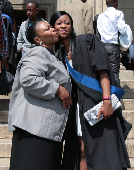 CONGRATULATORY KISS: Selaelo Mphasha and her mother share a kiss. Photo: Lameez Omarjee