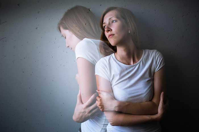 Mujer sufriendo ansiedad