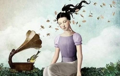 mujer escuchando música y escuchando bellas palabras
