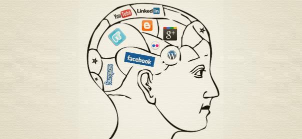 Cerebro con redes sociales