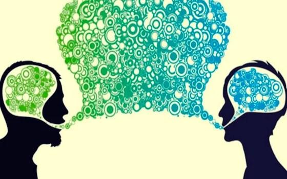 Personas comunicándose