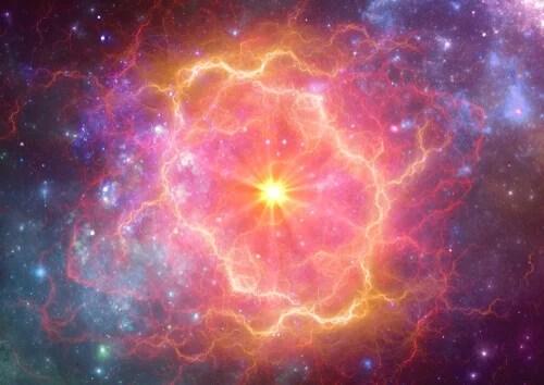 Explosión de una supernova en el espacio
