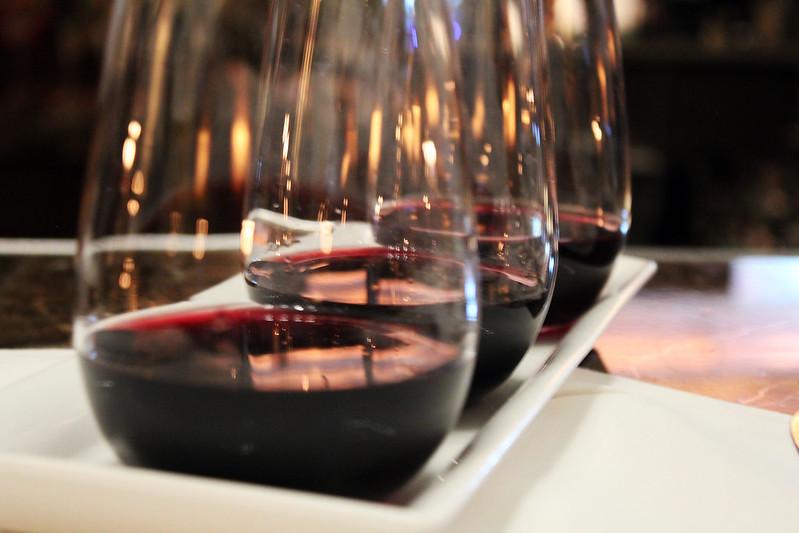 mesa-habla-tertulias-vino-casino-madrid