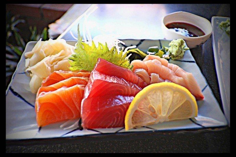 mesa-habla-cocina-japonesa-pescados