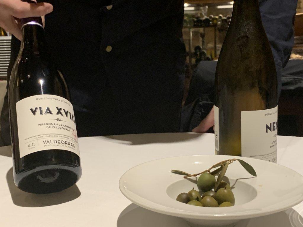 mesa-habla-pedrusco-aldealcorvo-vinos