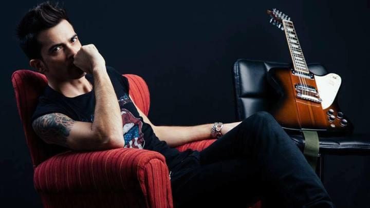 """Salvatore Cafiero, """" Amo la mia chitarra e dopo Dolcenera, E. Ramozzotti e Nek, vi racconto i Suck my Blues"""""""