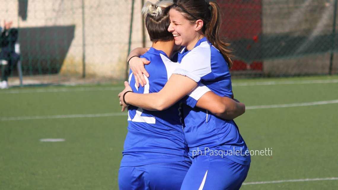 Futsal, Non smettono di vincere la Salinis e il Soccer Altamura