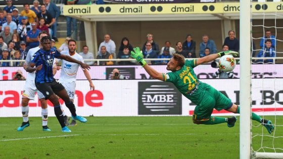 Calcio: Il Lecce non supera l'Atalanta ed il Bari festeggia . In C, vincono il Foggia e il Nardò
