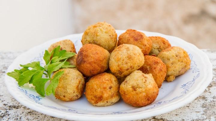 Le ricette della Nonna: Le polpette di Pane – Il secondo piatto povero più amato dai pugliesi