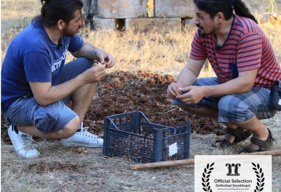 Lorenzo Scaraggi: Madre Nostra, il documentario sulla Rinascita