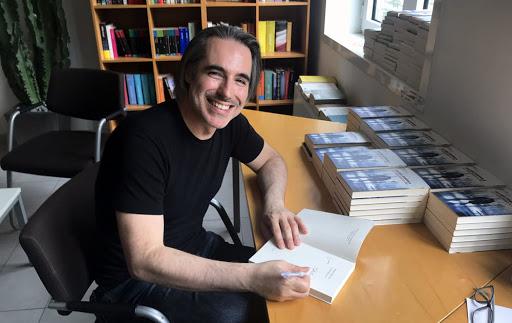 I Pugliesi e il Coronavirus: la bella riflessione dello scrittore Matteo Bussola