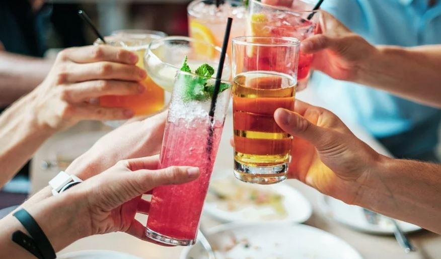 """Buoni spesa per ristoranti e bar chiusi per Coronavirus: """"Pagate ora, consumate dopo l'emergenza"""""""