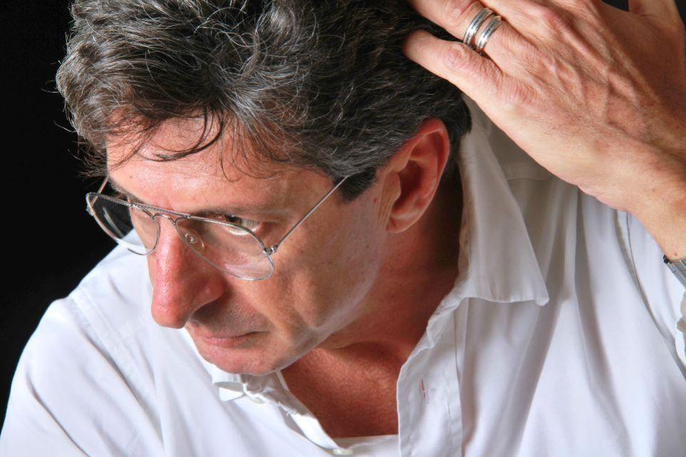 """Nicky Persico: luce e atmosfere di Puglia nel suo libro """"Ragazze Contro (Spaghetti Paradiso)"""""""