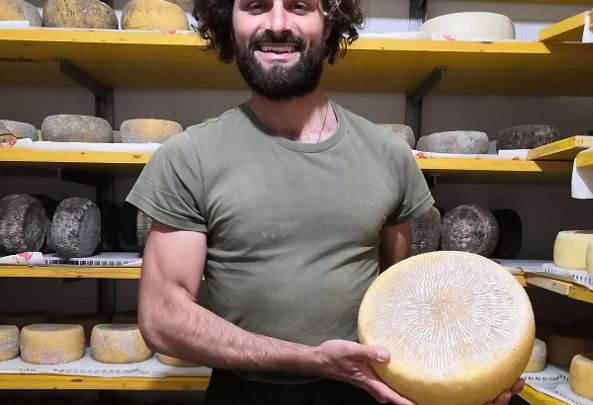 """Luigi Pio Giordano, di Carpino (Fg):""""Nel mio lavoro di allevatore di pecore ci sono i valori in cui credo"""""""