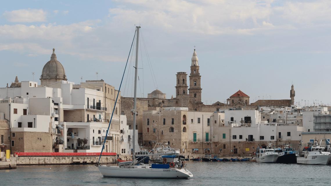 Monopoli, agosto 2020: il racconto made in Puglia di Cristina De Ceglie