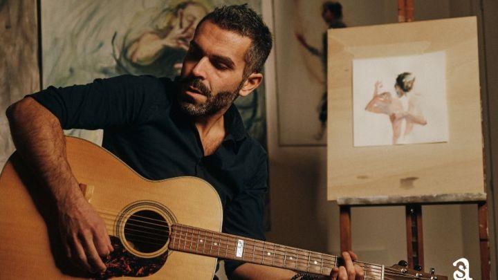 """""""Dalle porte del futuro"""": il cantautore pugliese Pietro Verna torna a far sognare tra musica e poesia"""