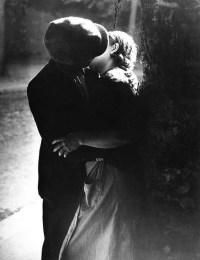 Brassaï, Le baiser. 1933