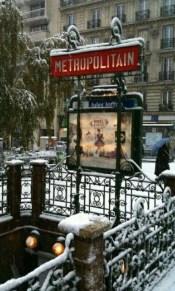 Paris - @ParisAMDParis - Métro Jules Joffrin - 6 feb