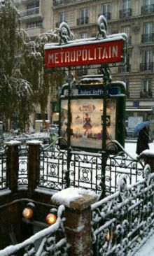 Paris - @ParisAMDParis - Métro Jules Joffrin - 6 feb