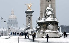 Paris - @ParisAMDParis - Pont Alexandre III - 9 feb